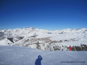 View from Auris en Oisans to Alpe d'Huez