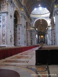 Saint Peter's Basilica inside