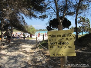 Keep the beach clean Menorca