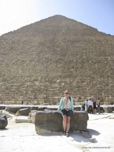 Circumnavigator Kirsten Hjorth Rasmussen at the Pyramid of Cheops